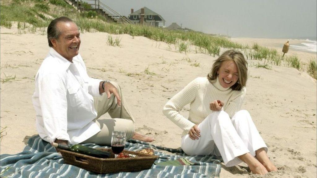Dar descanso en la playa a quien cuida de personas mayores dependientes, la iniciativa solidaria de la Fundación 26D