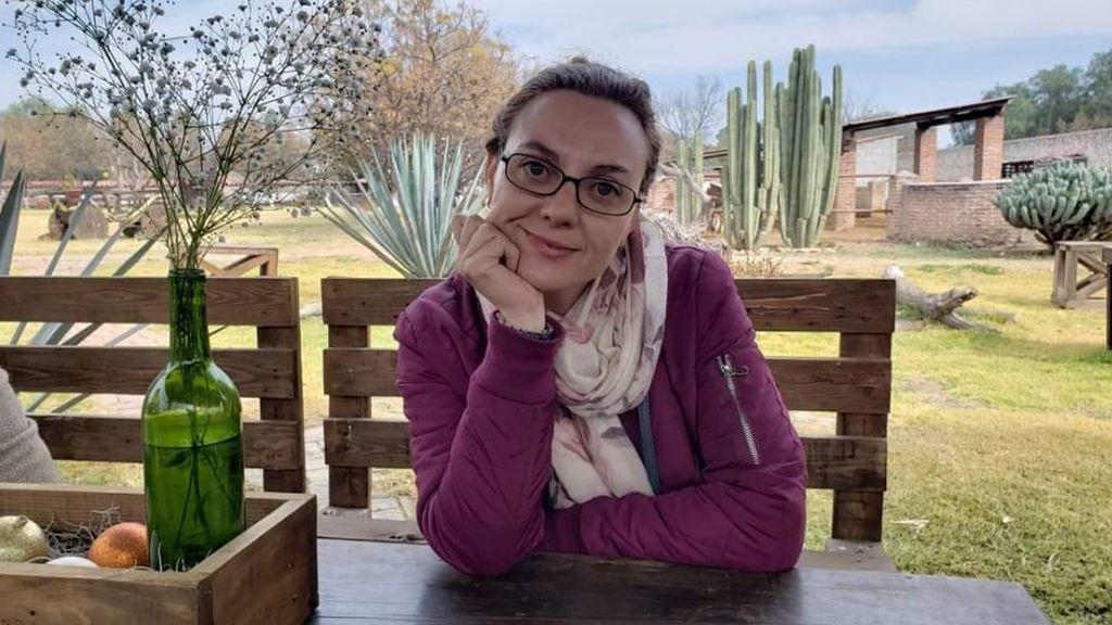 """Adopciones internacionales paralizadas por el virus: """"Es deseperante, necesito estar ya con mi hija Dya"""""""