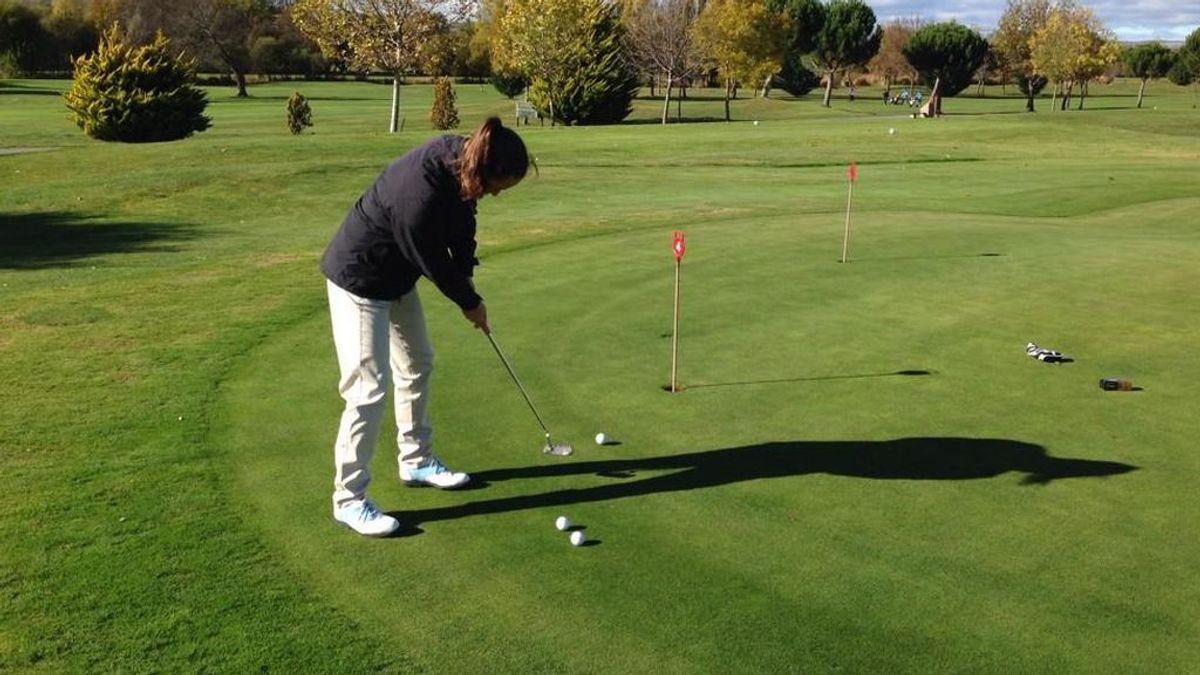Aprende cómo patear mejor al golf con estos consejos